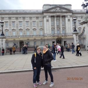 Christina und Janine besuchen die Queen